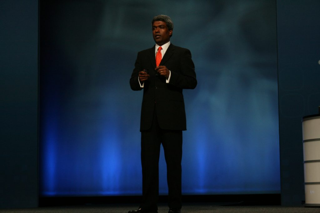 Thomas Kurian on stage apeaking at an Oracle event
